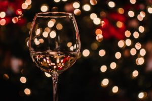 Here's What the Wine Pros are Drinking & Doing on Christmas Day (VIDEO)